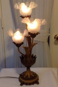 23-034-H-Vintage-Decorative-Art-Metal-Brass-Lamp-W-3-Frosted-Glass-Shades