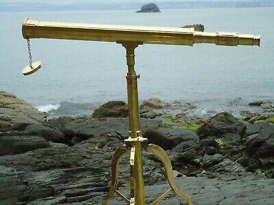 Telescopio de cobre amarillo mesa en Soporte Antiguo Náutica-Pantalla Película Utilería-shop
