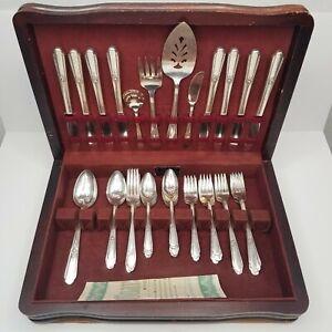 WM Rogers Bestecke Hiawatha Silverplate Messer Gabeln Löffel für Utensilien