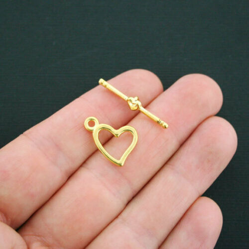 GC462 10 Heart Toggle Clasp Sets 2 Piece Set Antique Gold Tone