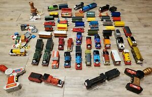 2004-2010-60-Thomas-the-train-motorized-engine-lot-20-running-30-cars-etc