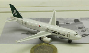 Herpa   501699  Mexicana Airlines Airbus A320