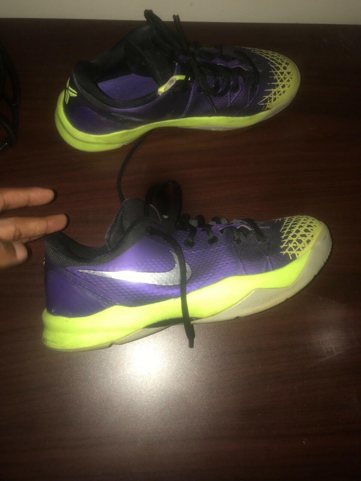 kobe 7 men shoes size 10