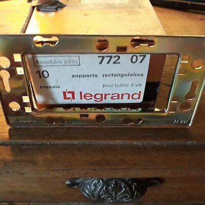 Legrand Mosaic Grille pour 3 Petits Modules 77205 Attention Mosaic 50