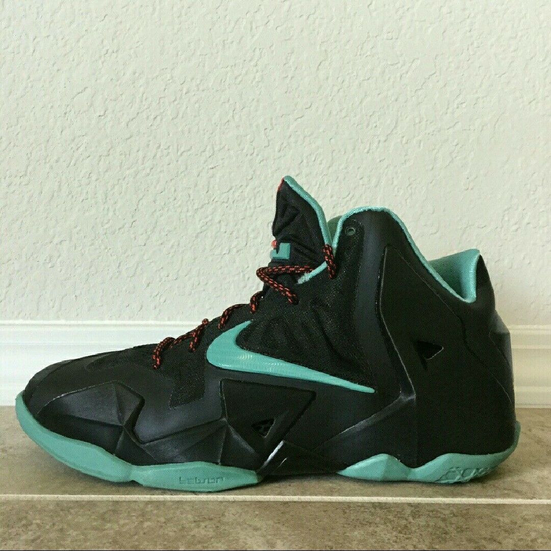 Nike Lebron XI--Diffused Jade--Size 7Y--Excellent Used Condition