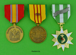 Vietnam-Campaign-National-Defense-and-Service-Medal-2-campaign-stars-US-T1