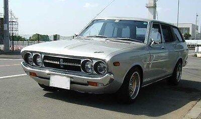 Tail Light RH & LH Pair for Violet 710 140J/160J Wagon 1974-1977