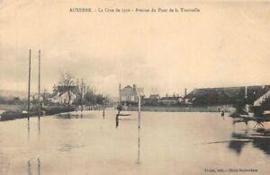 Auxerre-La-Raw-039-s-1910-Avenue-of-the-Bridge-of-La-Tournelle