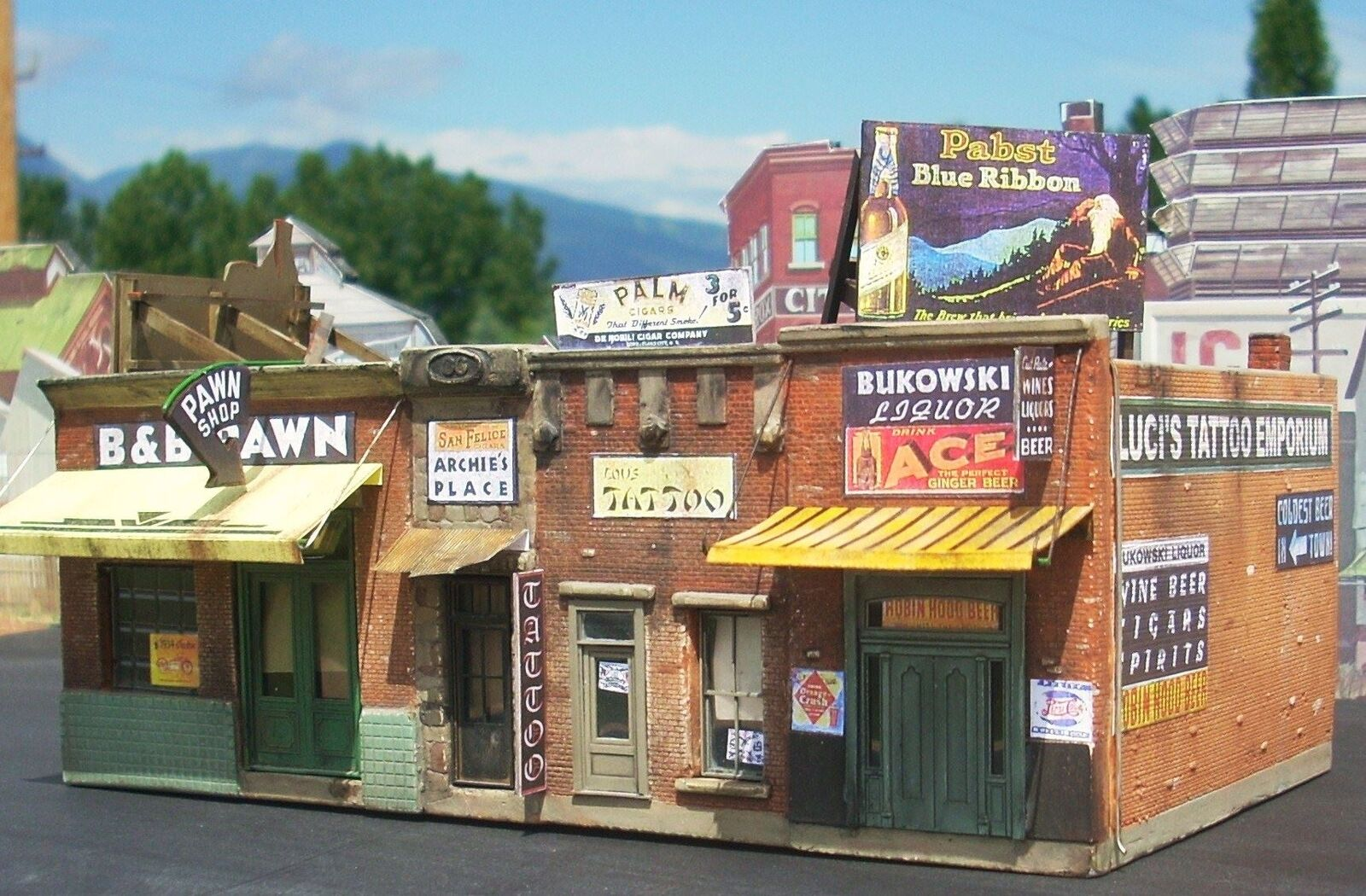 DOWNTOWN DECO HO SCALE 1 87 ADDAMS AVE. PART ONE   BN   1000