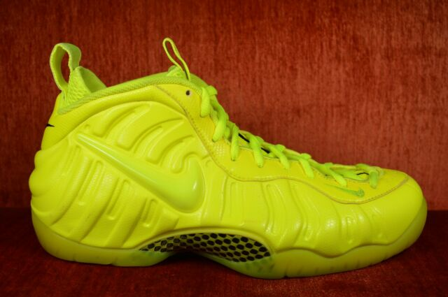 huge selection of 8b953 f4231 WORN TWICE Nike Air Foamposite Pro Volt 624041-700 Size 11 Neon Highlighter