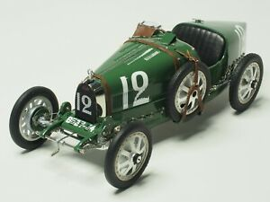 CMC-Bugatti-Type-35-Nation-Color-Project-England-1924-1-18-Scale-M-100-B-002