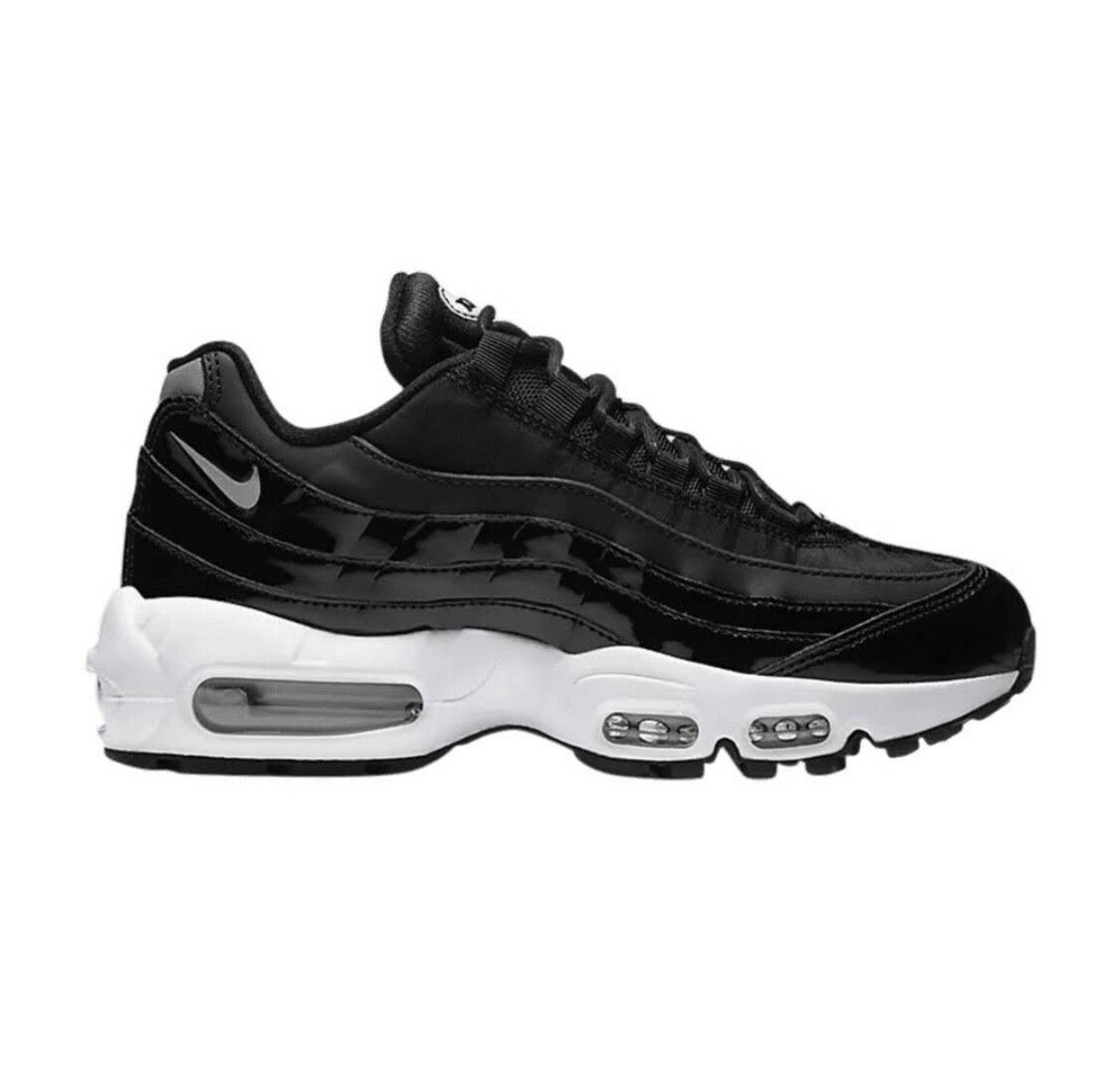 Womens nike air max 95 black and white size 9 brand new