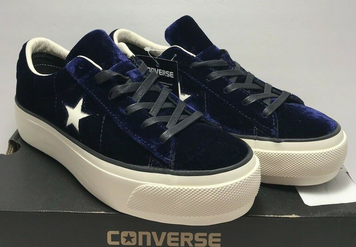 Converse Women Sz 9.5 One Star Platform Eclipse bluee Egret Velvet Black 558952C