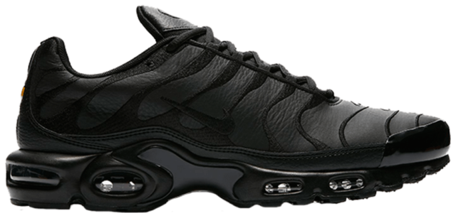 best sneakers 55d5d c3409 Nike Men's Air Max Plus TN Tuned 1 Triple Black Leather Running AJ2029-001