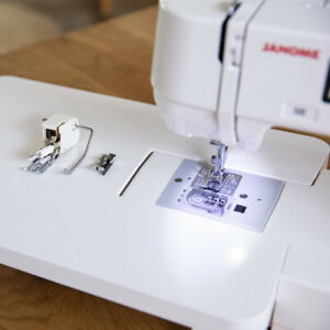 Janome-DC2030-Sewing-Machine