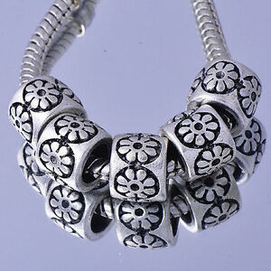 #A5585 5PCS White /Silver Charms Flower Beads Fit European DIY Braceltet