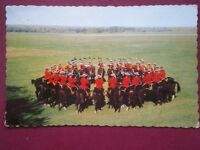 POSTCARD THE ROYAL CANADIAN MOUNTED POLICE