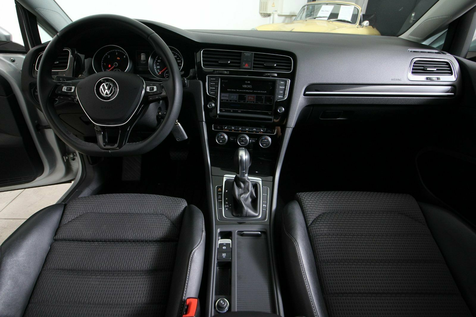 VW Golf VII TDi 150 R-line DSG BMT