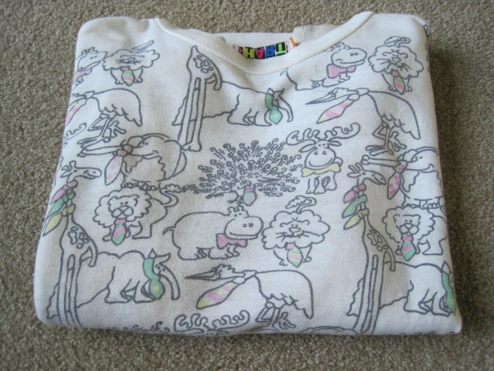 Vintage 1980's (?) Sweatshirt from Charts M/L in Size No Damage Animals W Ties
