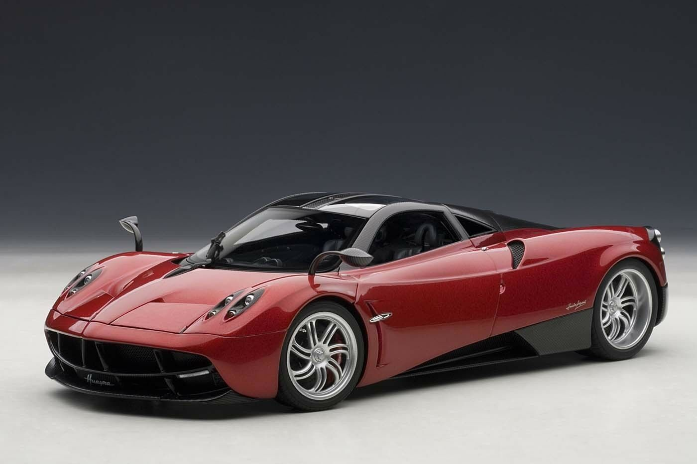 Pagani Huayra rouge 1 18 by Autoart 78268 Brand New Release in box Neuf Dernier
