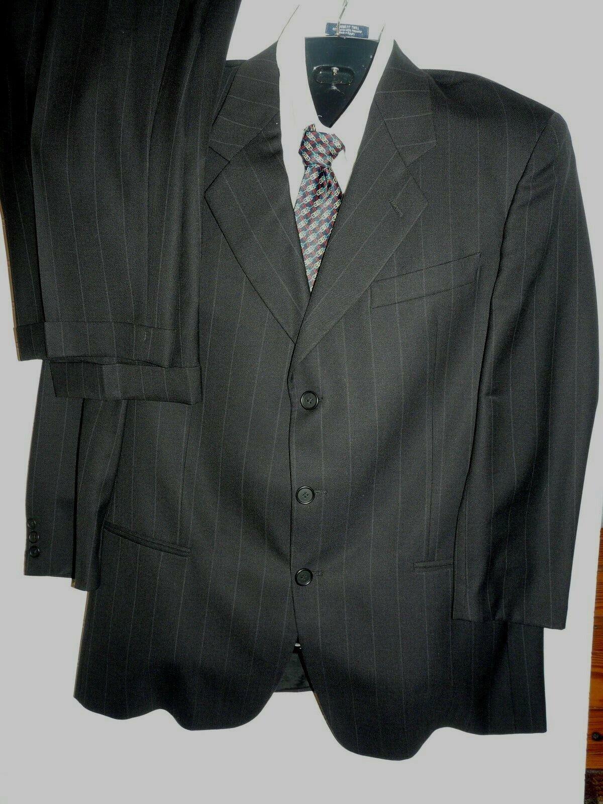 Vtg. Mani Men's Lined 2 pc Suit  Sz 41 R, Pants 34