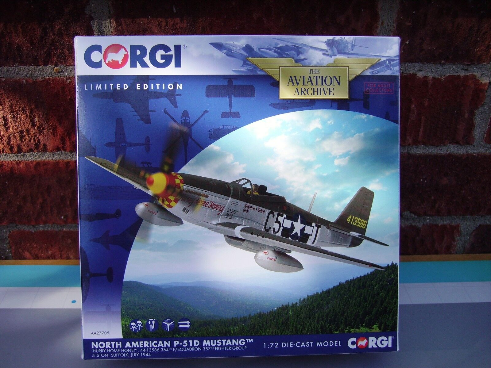CORGI AVIATION 1 72 SCALE P-51D MUSTANG 357TH FIGHTER GROUP LEISTON SUFFOLK