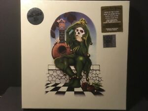 The-Grateful-Dead-Grateful-Dead-Records-Collection-5xLP-RSD-2107-Black-Friday