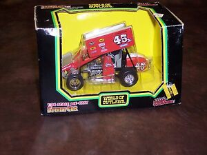 RACING CHAMPIONS - WORLD OF OUTLAWS - #45X - JOHNNY HERRERA - 1/24 SCALE - NEW