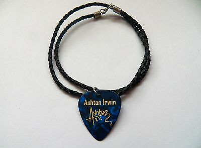 """5SOS ASHTON IRWIN Guitar Picks signature gold stamped 20"""" leather NECKLACE blue"""
