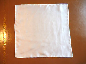 Lightweight-mens-silk-top-pocket-handkerchief-Creamy-white-Smaller-size-NEW