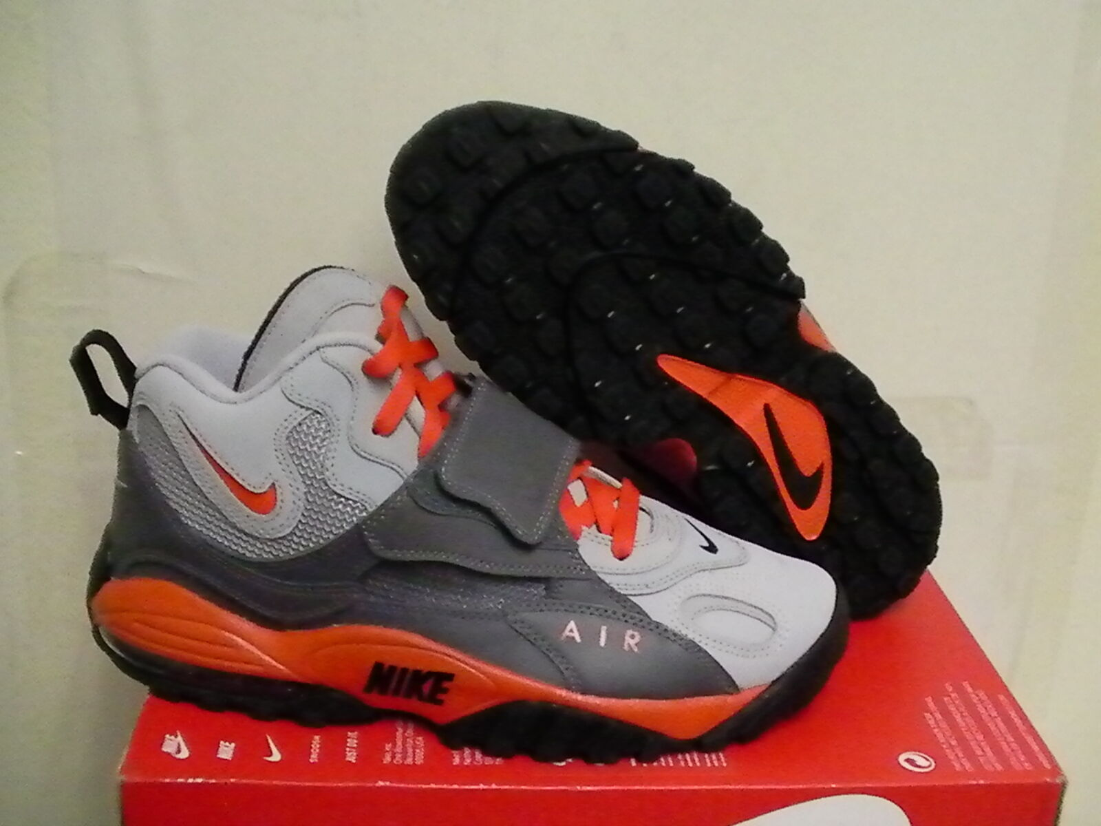 Nike 9.5 air max speed turf size 9.5 Nike us new with box f6a540
