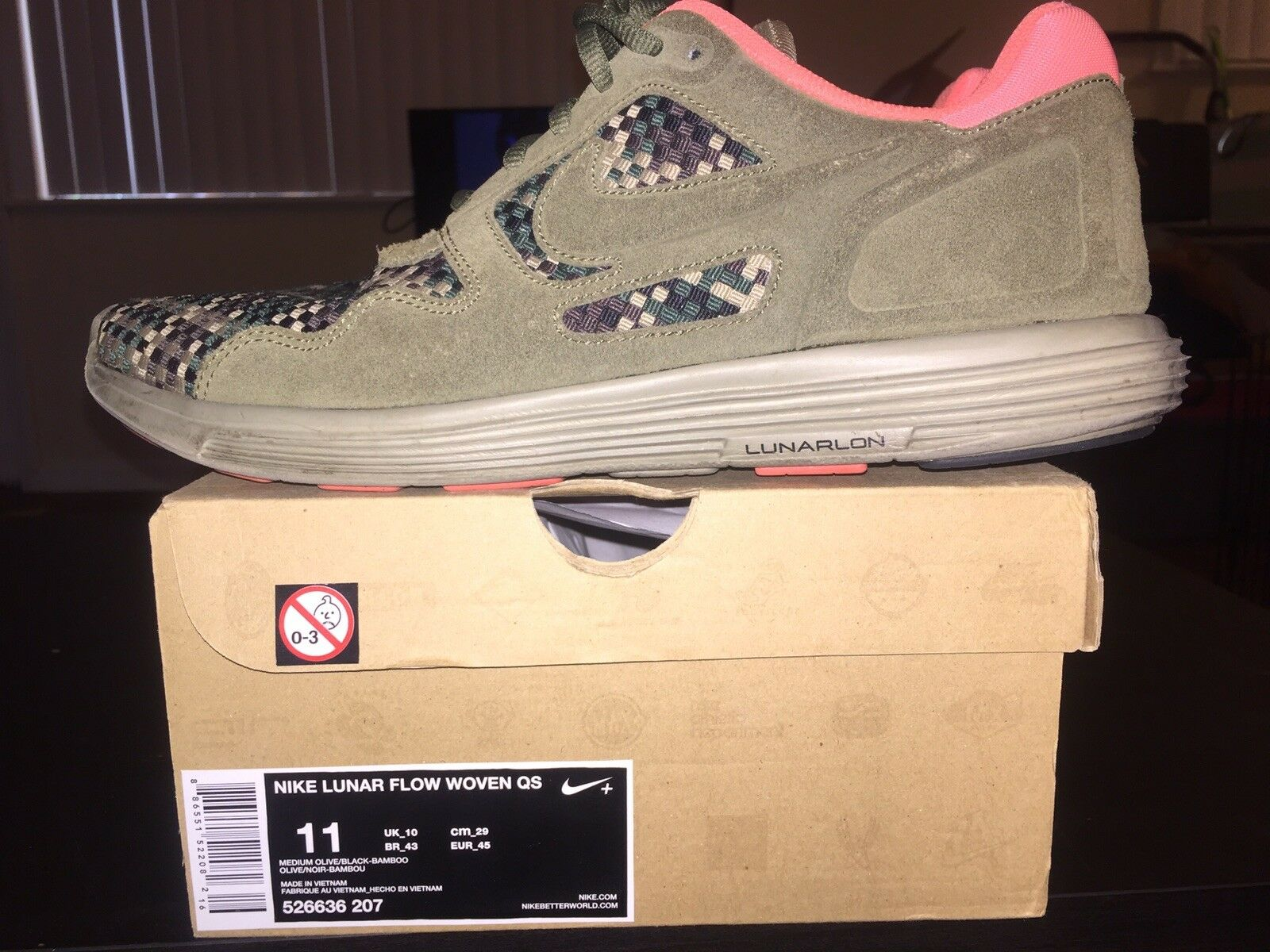 Nike Lunar Flow Woven QS Olive Size 11