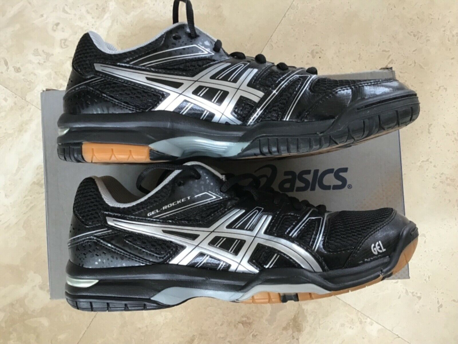 Asics Femme Cour chaussures voleyball Gel Rocket 7 Taille 10 B455N noir argent New in Box