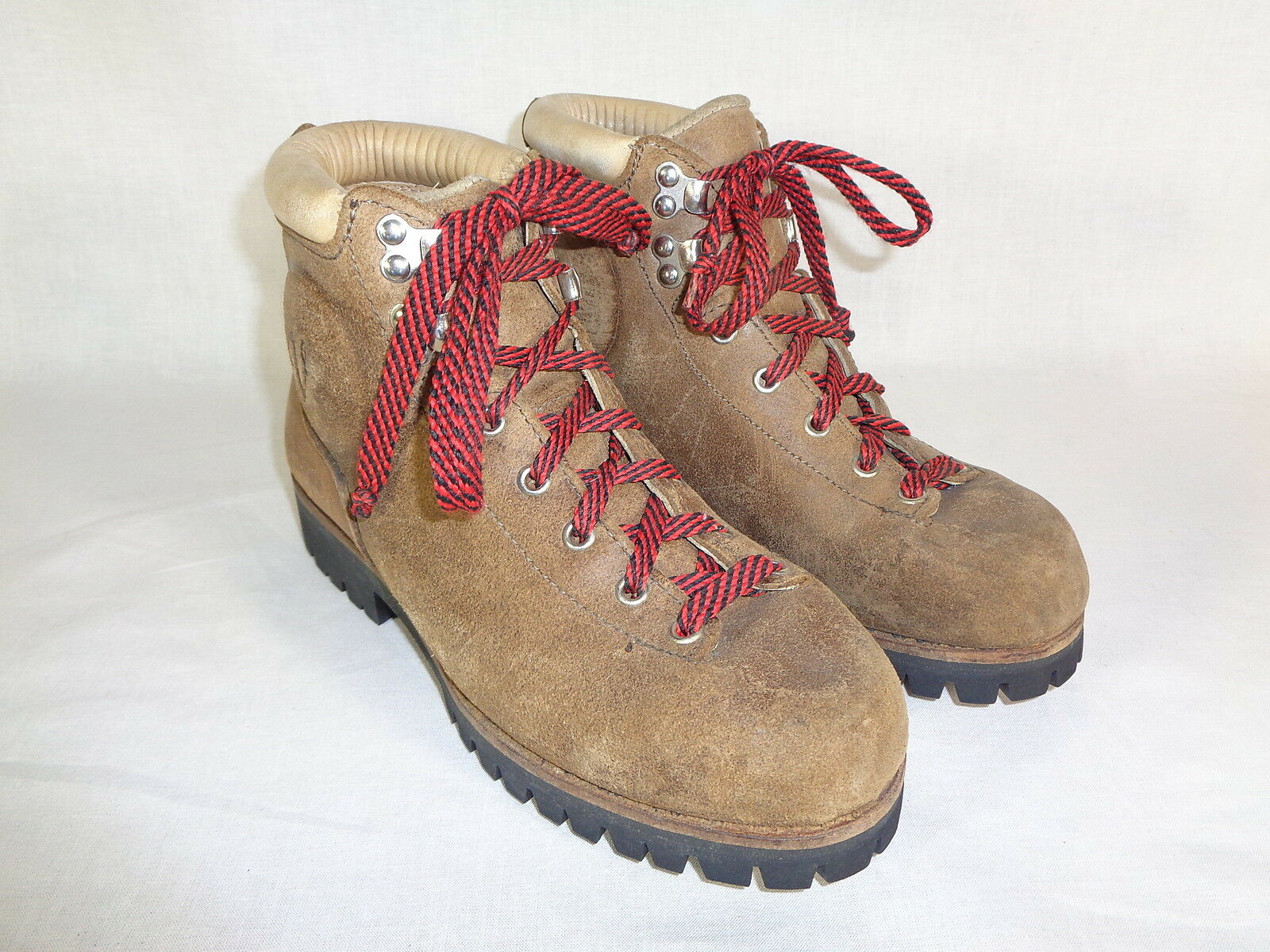 Vasque Women's Boots Hiking Leather Lug Sole  Mountaineering 70's Vintage 6