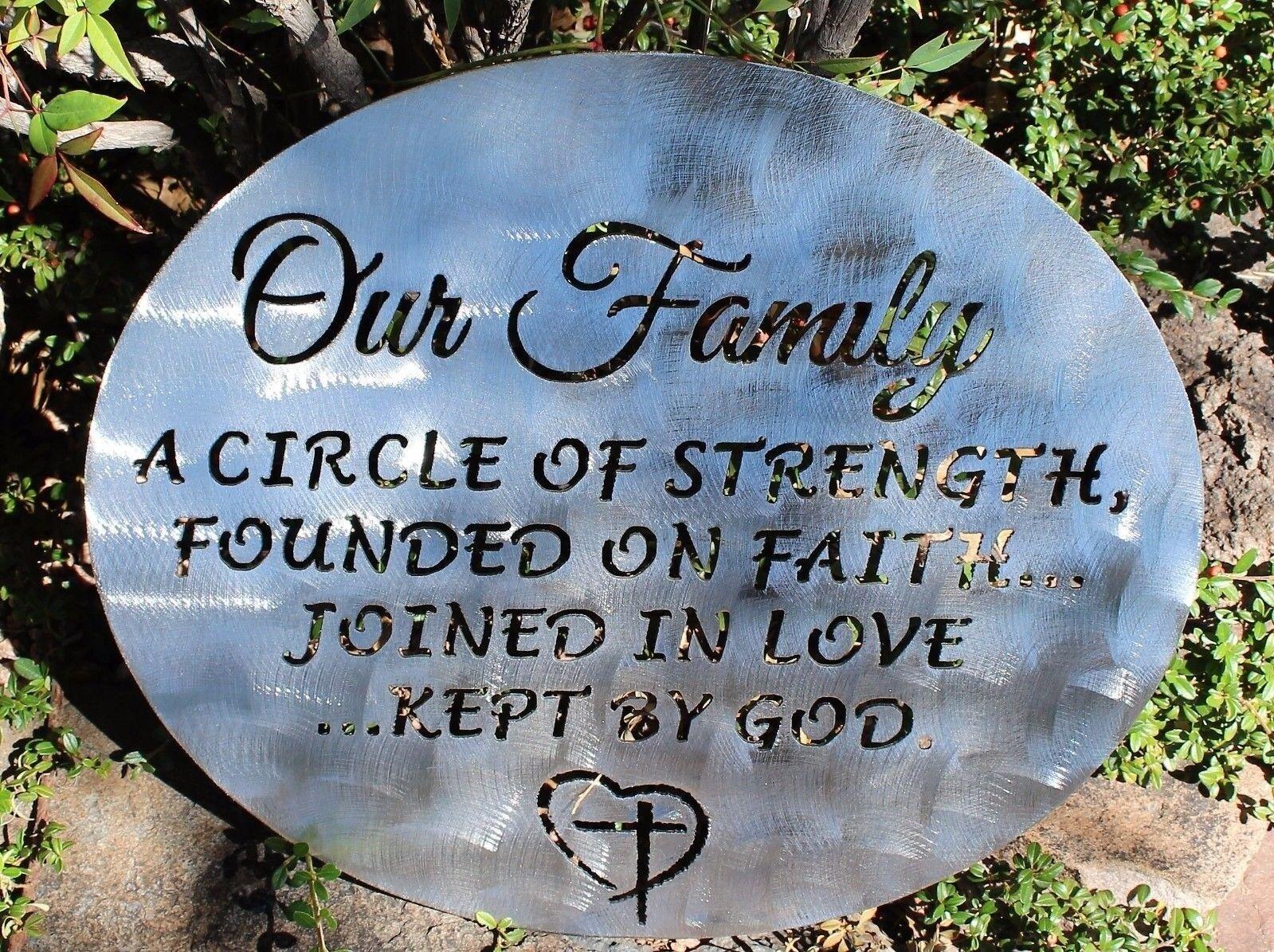 Unser Familie ein Kreis Stärke Metall Wandkunst Dekor 45.7cm X 43.2cm Silber | Haltbarer Service