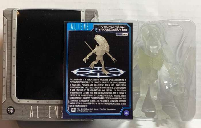 XENOMORPH TRANSLUCENT GID THE LOYAL SUBJECTS ALIENS VINYL FIGURE 1 96 TA1519