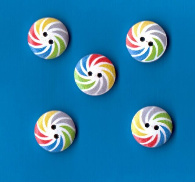 WOODEN FASHION BUTTONS SPIRAL DESIGN WHITE/RED/BLUE - 18mm  (W261/63)