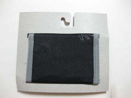 """BRAND NEW WITH TAGS BLACK Batman Tri-Fold Wallet 4.5/"""" x 3.25/"""""""