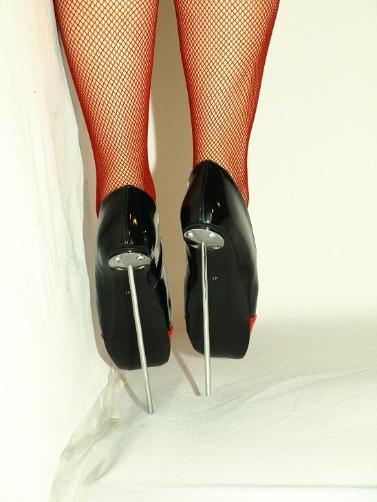 BLACK-ROT BLACK-ROT BLACK-ROT PATENT LEATHER BALLET PUMPS SIZE 7-16 HEELS-8,5