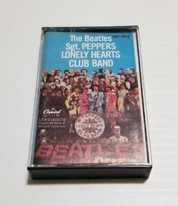 """The Beatles """"Sgt Peppers Lonely Hearts"""" Cassette Tape Capitol Records 4XT-2653"""