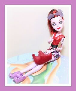 Monster-High-Operetta-Boo-York-Frightseers-Phantom-Doll-with-Outfit-Shoes