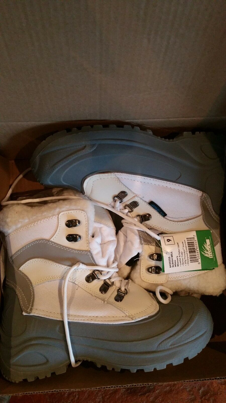 Itasca womens sleigh bell sbow boots white grey size 9