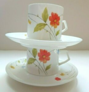 Mikasa-Bone-China-Just-Flowers-A4-182-Flat-Cup-amp-Saucer-Set-X2-Discontinued