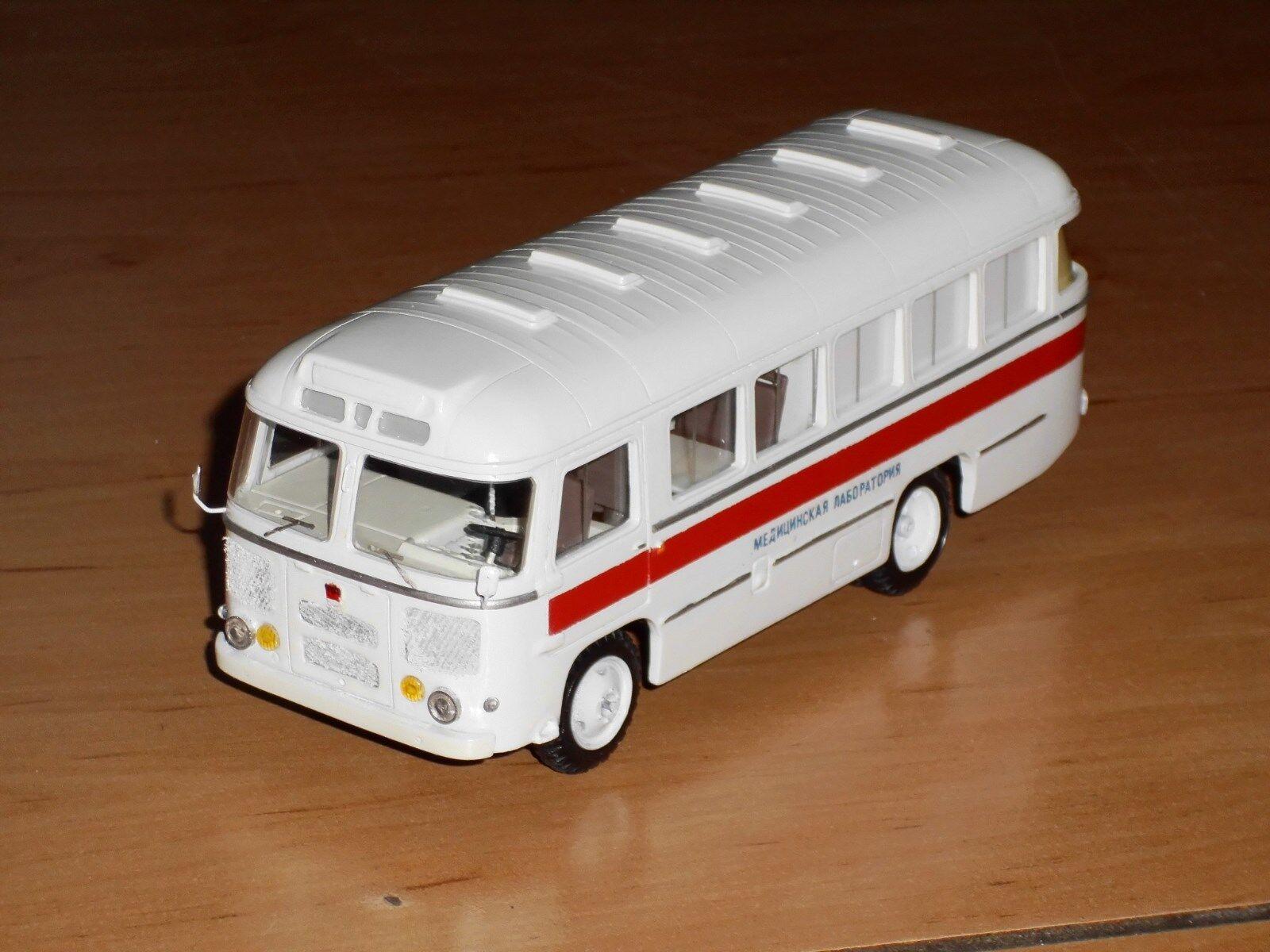 Bus paz-672 ppzk - 3928, finoko, russe à la main modèle 1,43