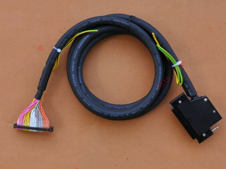 1PC NEW FOR Omron HMI PLC Programming Cable XW2Z-200B 2m
