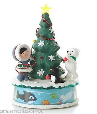 Hallmark 2012  Trimming the Tree  Frosty Friends Magic Cord Ornament