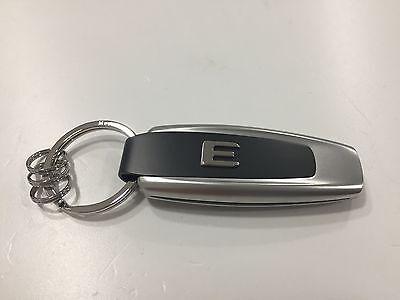 Mercedes-Benz Schlüsselanhänger Typo E-Klasse - Edelstahl-silber-schwarz - NEU