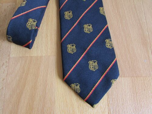 Non identifiée Motif y compris Essex Logo Cravate par Matthew Alun