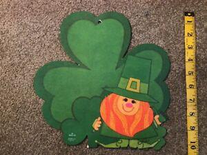 Vintage-Hallmark-St-Patrick-s-Day-Irish-Leprechaun-Shamrock-Die-Cut-Decoration