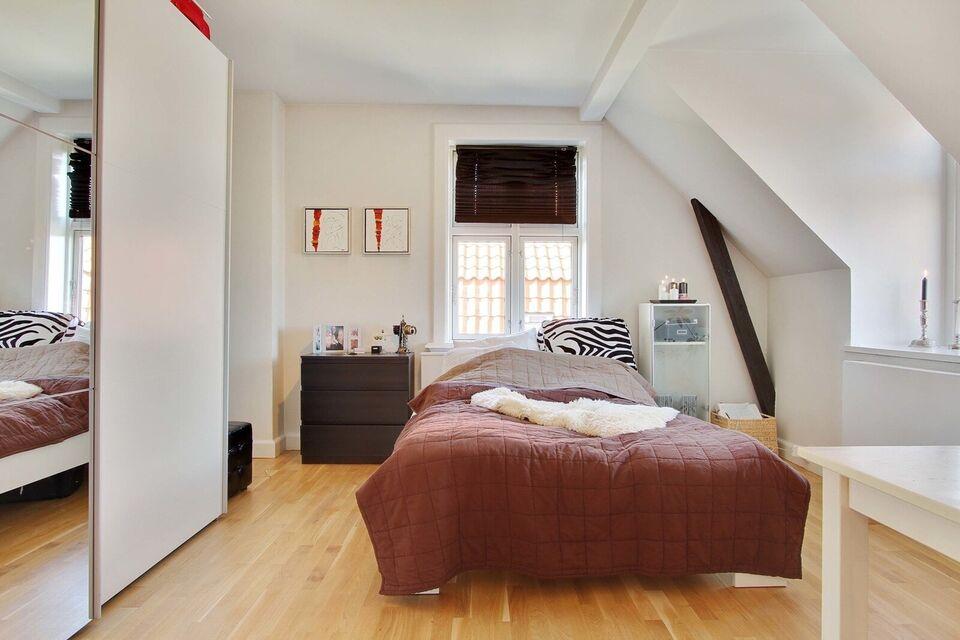 2300 vær. 5 lejlighed, m2 154, Biens Allé